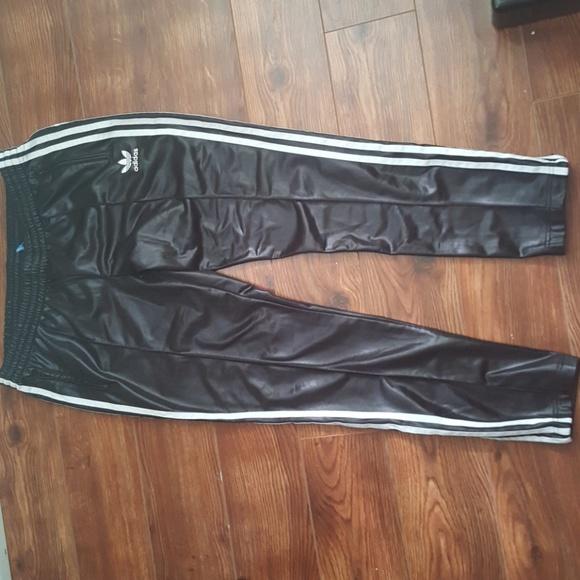 ADIDAS ORIGINALS SUPERSTAR Slim Fit ShinyWetlook Trackpants